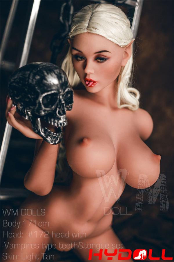 Big breasted female love doll